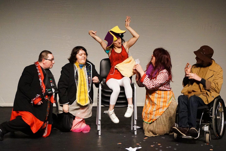 Kauno neįgalaus jaunimo užimtumo centro Plastinės dramos teatriukas įvertintas už dramatiškiausią spektaklį.<br>A. Milieškienės nuotr.