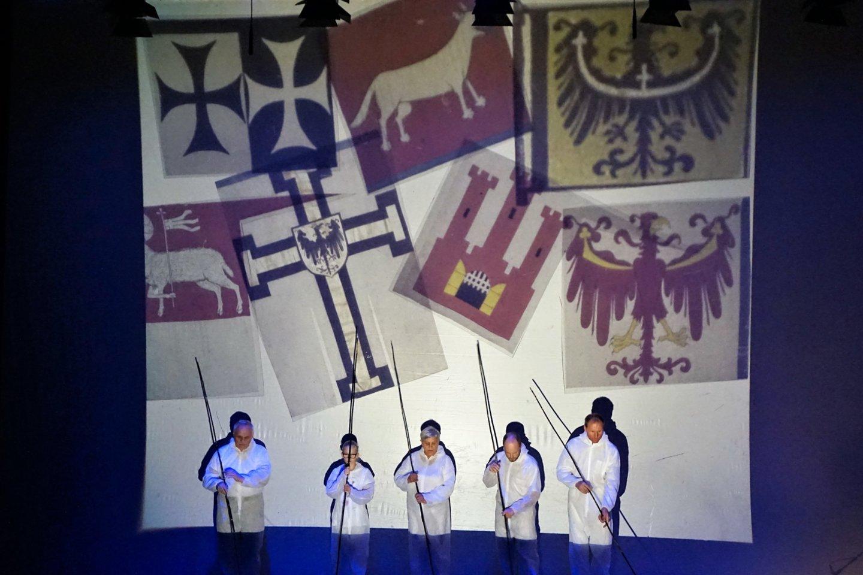 """Misterija """"Skambantis miestas"""" apdovanota už geriausią Lietuvos istorijos temos atskleidimą.<br>A. Milieškienės nuotr."""