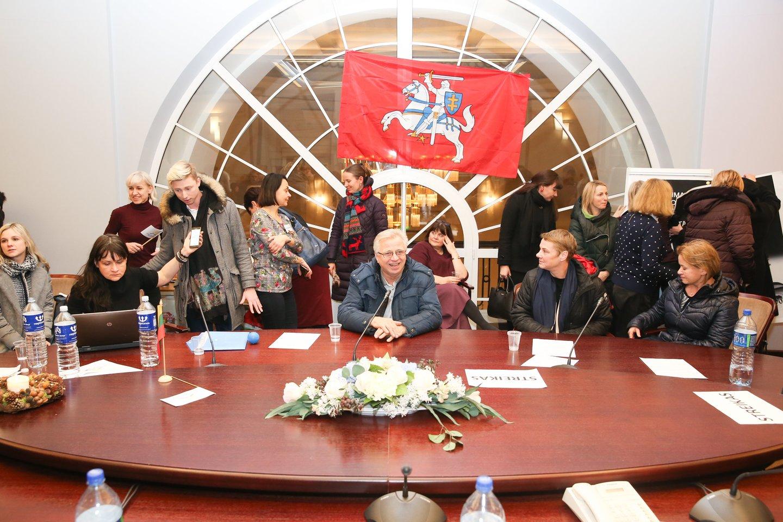 Švietimo ir mokslo ministerijoje mokytojai streikuoja jau pusantros savaitės.<br>R.Danisevičiaus nuotr.