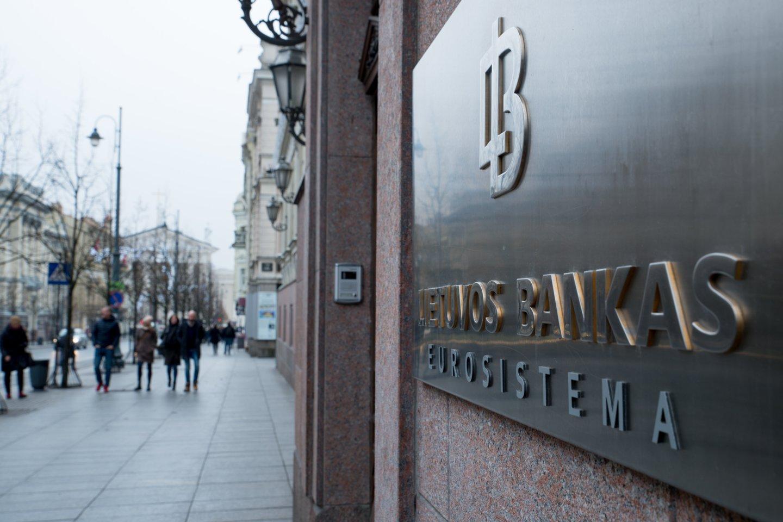 """LB pabrėžia, kad""""SkyWay"""" grupės įmonių akcijos Lietuvoje platinamos neteisėtai.<br>V.Ščiavinsko nuotr."""