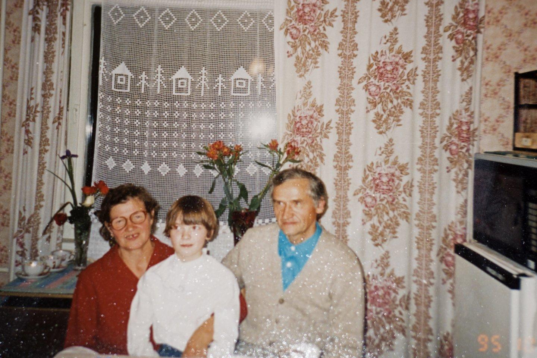 Su vyriausia anūke Rita.<br>Asmeninio archyvo nuotr.