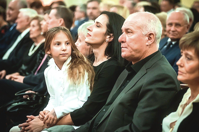 Tarp žiūrovų buvo M.Pitrėno duktė Veronika, žmona I.Prudnikovaitė ir jos tėvas V.Prudnikovas.<br>D.Matvejevo nuotr.
