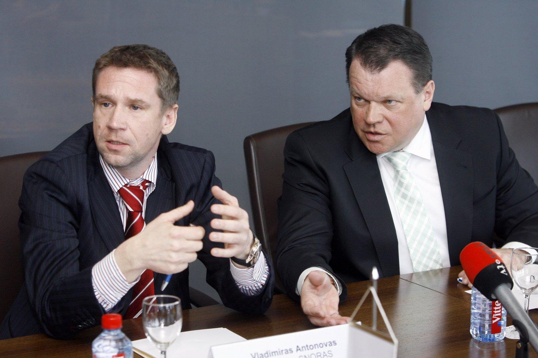 V.Antonovas (kairėje) ir R.Baranauskas 2011-aisiais.<br>T.Bauro nuotr.