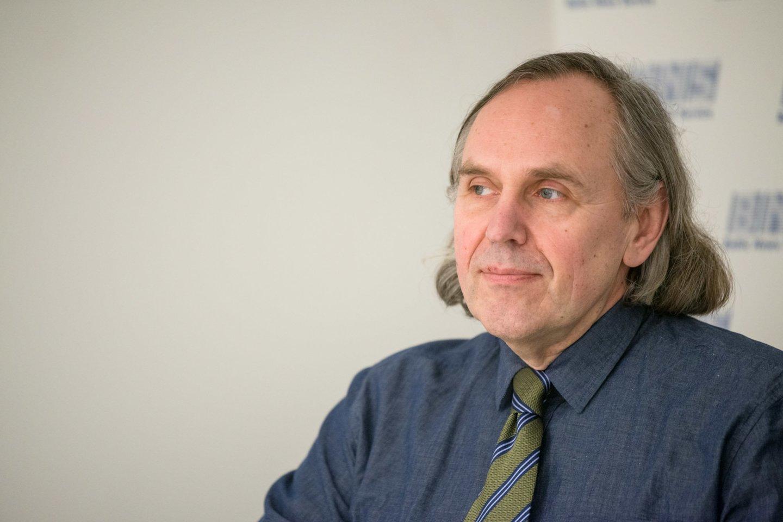 """A.Juozaitis su bendraminčiais kuria visuomeninę organizaciją – sambūrį """"Lietuva yra čia"""".<br>J.Stacevičiaus nuotr."""