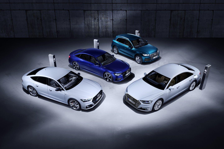 """""""Audi"""" pristatė 4 įkraunamus hibridus.<br>Gamintojo nuotr."""