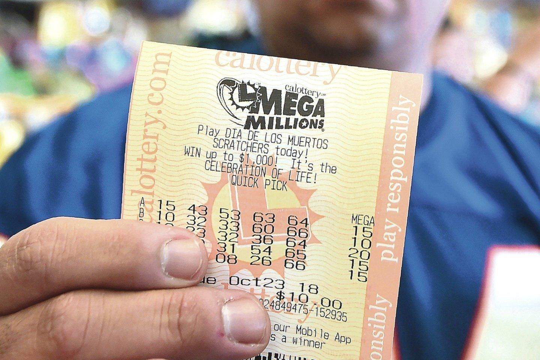 """Loterijos """"Mega Millions"""" dalyvis laimėjo didžiausią piniginį prizą JAV istorijoj.<br>AFP/""""Scanpix"""" nuotr."""