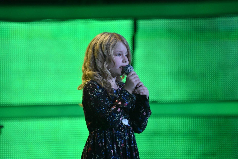 """Pasirodžiusi TV šou """"Vokietijos balsas. Vaikai"""" M.Melmano dukra Amelie sulaukė kvietimo tai padaryti ir kitą sezoną.<br>A.Kowalskio (""""Sat 1"""") nuotr."""