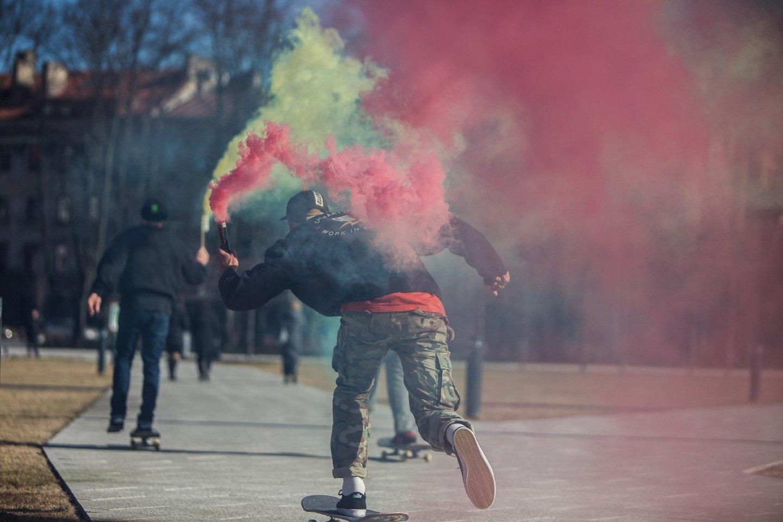 Riedlenčių sportas įtrauktas į Tokijo olimpiados programą, o Lietuvos riedlenčių entuziastai džiaugiasi šiuo sprendimu<br>G.Matulaičio nuotr.