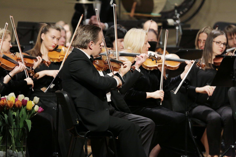 Pasirodys Lietuvos valstybinis simfoninis orkestras.<br>KKS nuotr.