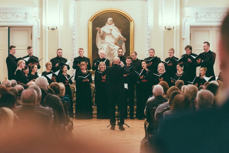 """Choras """"Jauna muzika"""" parengė velykinį koncertą.<br>A.Paškevičiaus nuotr."""
