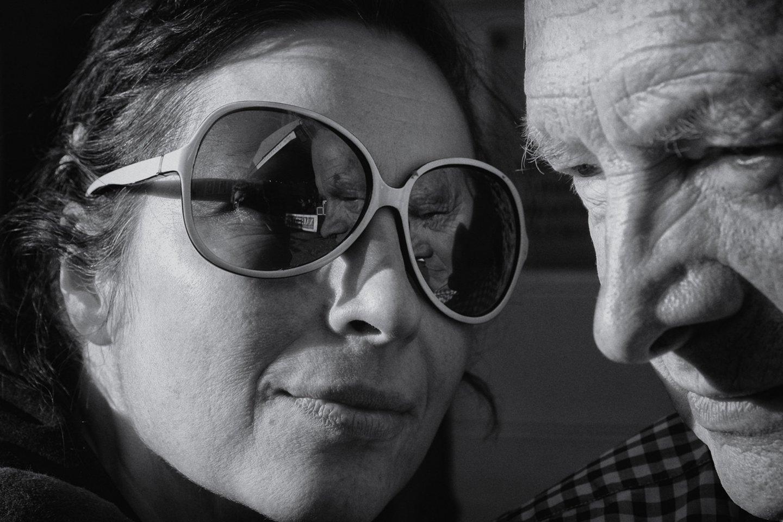Fotomenininkas A.Rakauskas su dukterimi Egle.<br>R.Danisevičiaus nuotr.