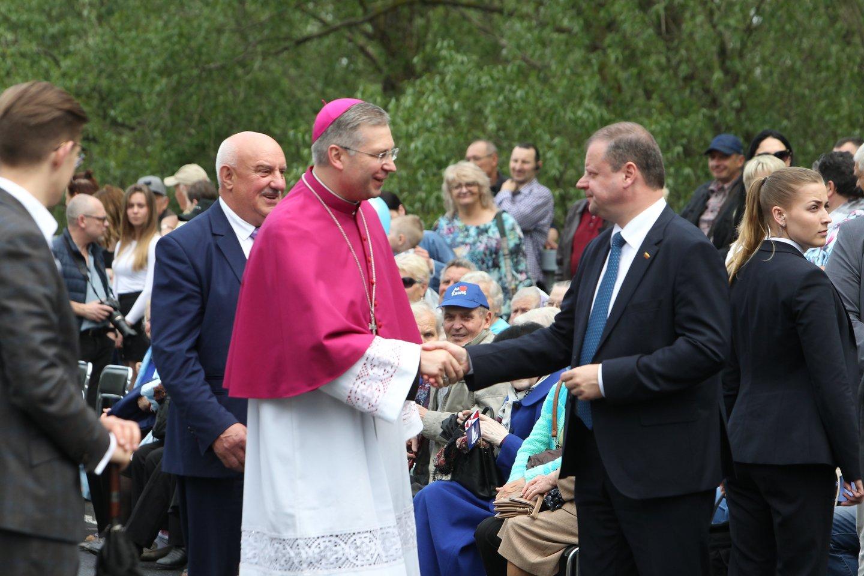 Šeštadienio popietę iškilmingoje ceremonijoje atidaryta naujoji Rusnės estakada.<br>R. Žalgevičiaus nuotr.