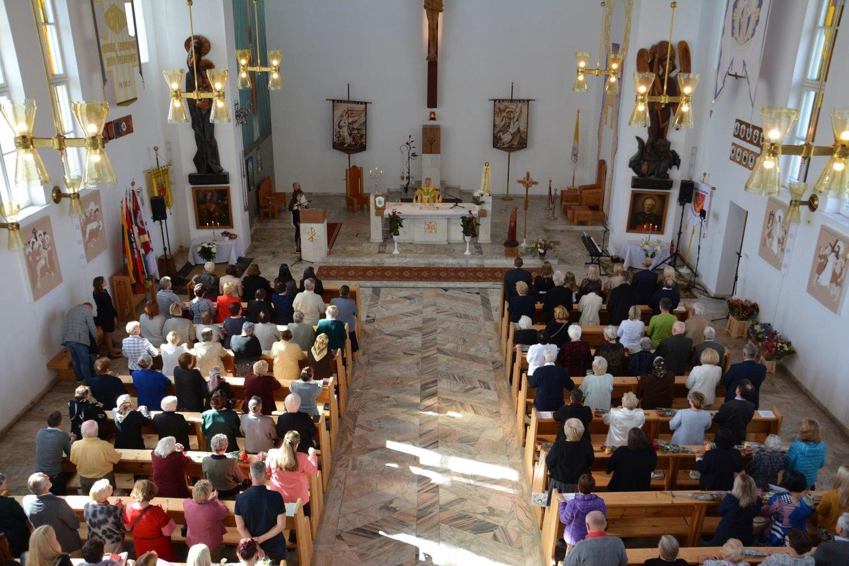 Senosios Varėnos bažnyčios vidus.<br>Varėnos rajono savivaldybės nuotr.