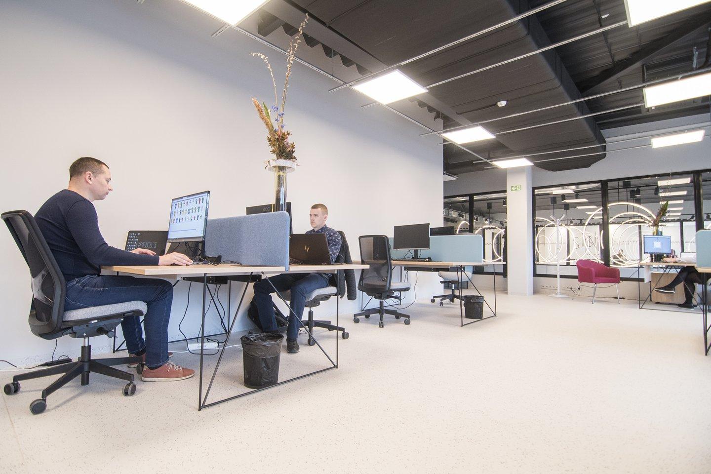 """Bendradarbystės centruose verslo atstovai gali neatlygintinai gauti įrengtą darbo vietą.<br>""""Verslios Lietuvos"""" nuotr."""