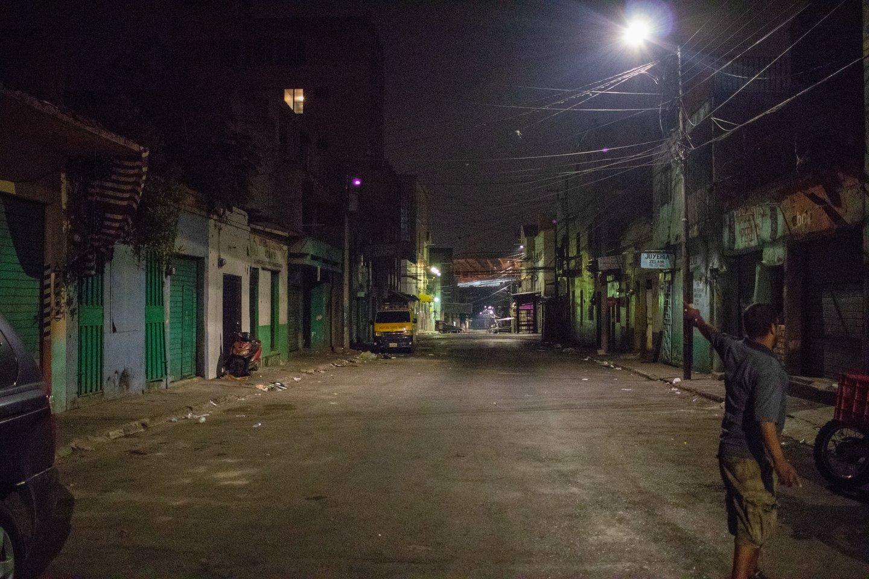 Kai kuriose Tegusigalpos gatvėse kas antrą dieną nužudomas žmogus.<br>E.Benites nuotr.