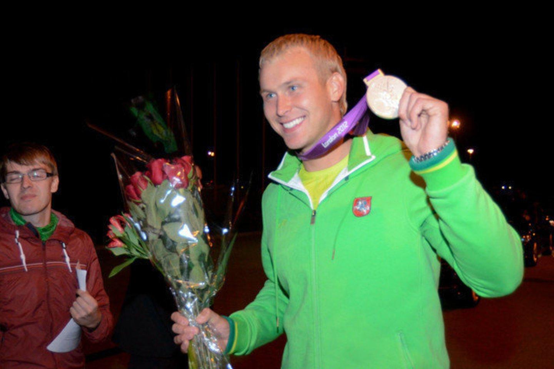 Jevgenijus Šuklinas diskvalifikuotas ir privalės sugrąžinti olimpinį medalį<br>D. Umbrasas