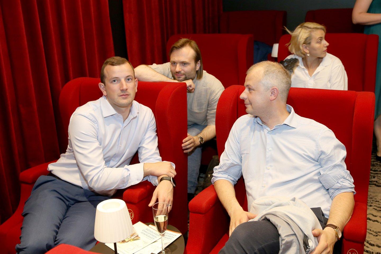 """Birželio 18 d. 18 val. kino teatre """"Kino Deli"""" susirinko skirtingų visuomenės sričių atstovai – mokslininkai, menininkai, verslininkai, politikai, aptarti naują projektą – Ateities politikų akademiją.<br>Organizatorių nuotr."""