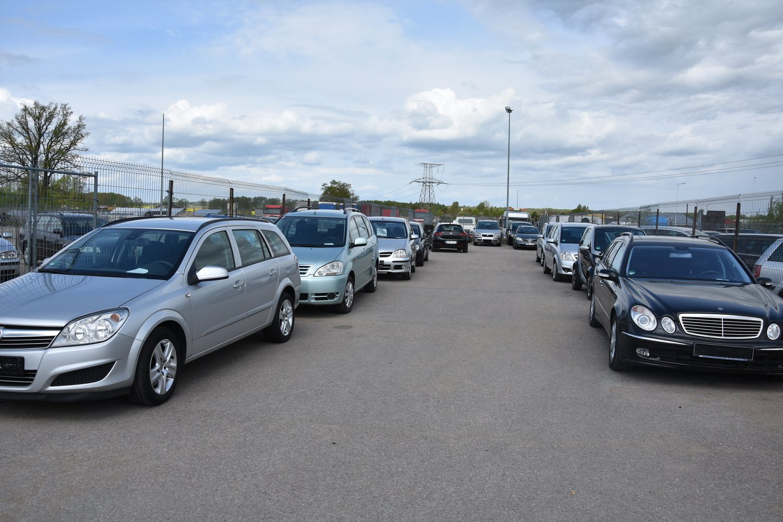 Griežta automobilio pirkimo ir pardavimų sandorių kontrolės sistema turėtų pradėti veikti antroje 2020 metų pusėje.<br>A.Srėbalienės nuotr.