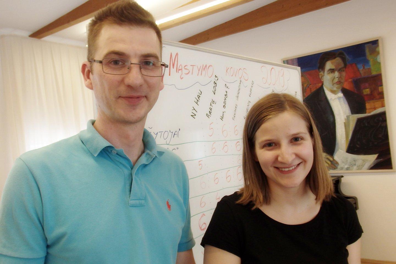 A.Chomičius ir G.Surgautaitė mano, kad matematikos dėstymo mokyklose metodus reikia keisti.<br>A.Pilaitienės nuotr.