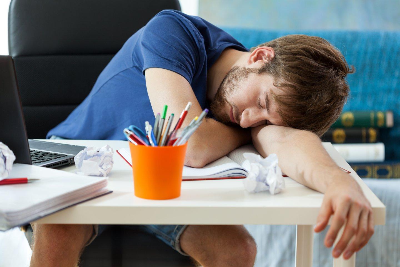 Nusnaudėjai labiausiai mieguisti jaučiasi popiet.<br>123rf nuotr.