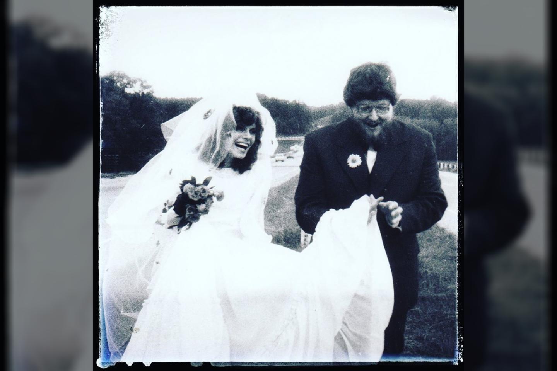 Virgis Stakėnas su žmona Ramute prieš 39-erius metus.<br>Asmeninio albumo nuotr.
