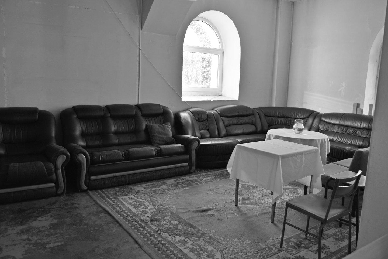 """""""Ant viškų"""". Pokalbių kampas antrajame bažnyčios aukšte.<br>A.Srėbalienės nuotr."""