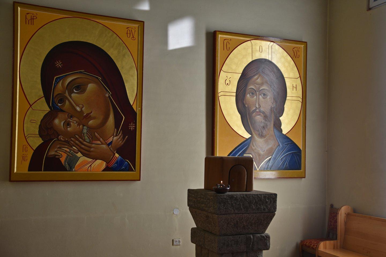 Ikonos prie altoriaus.<br>A.Srėbalienės nuotr.