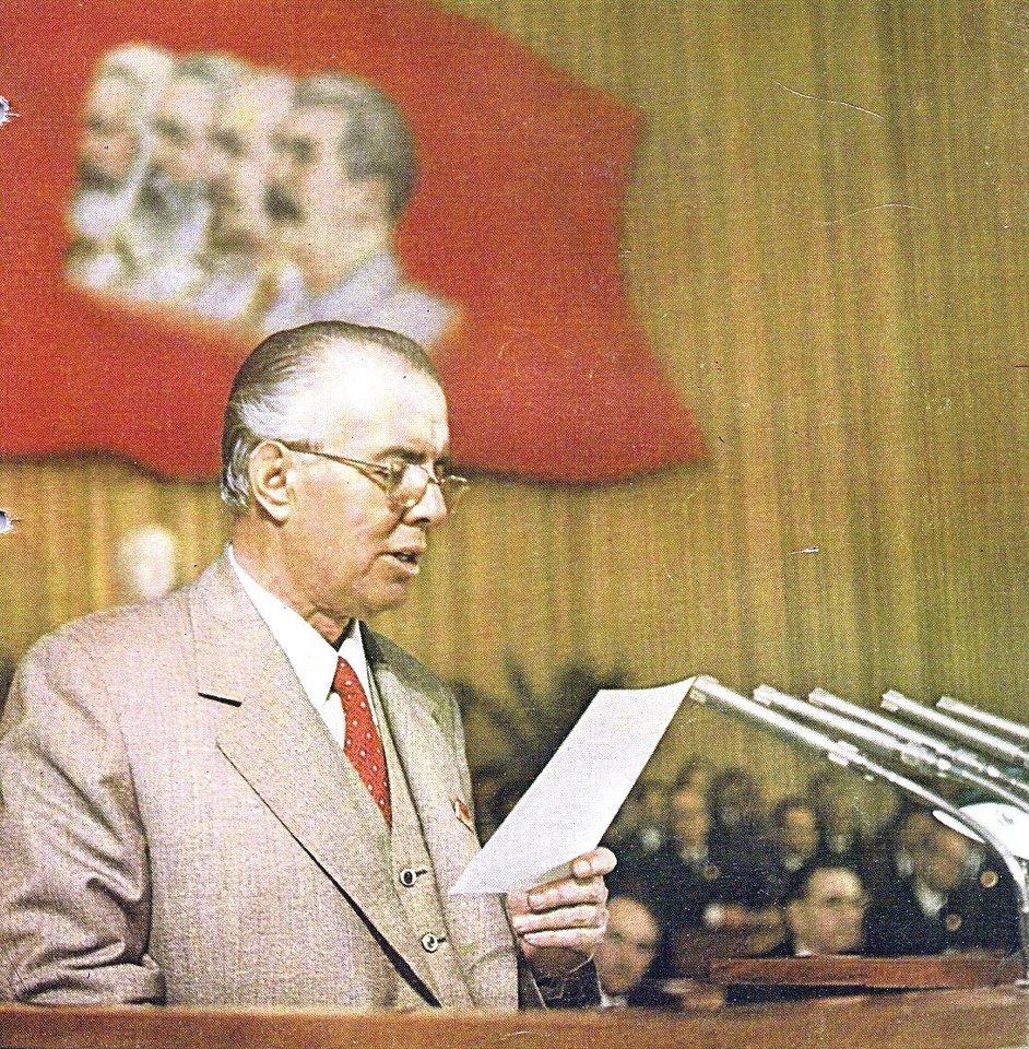 E.Hoxha vadintas Albanijos Stalinu.
