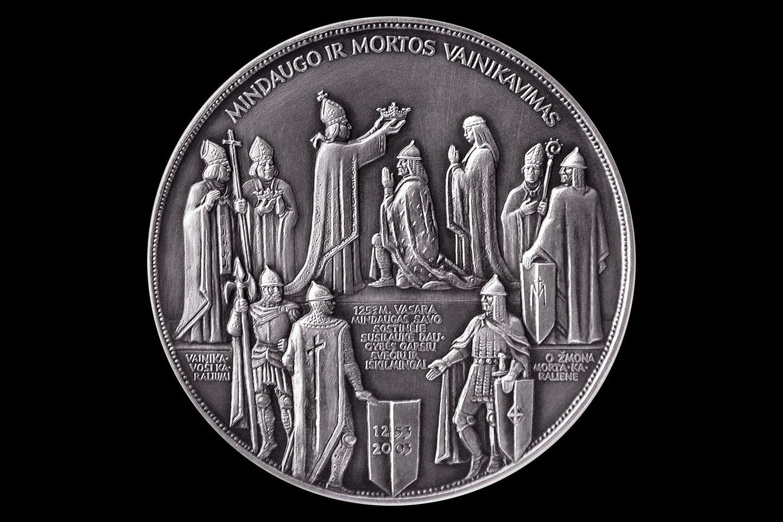 Jubiliejinis medalis karaliaus Mindaugo 750-osioms karūnavimo metinėms.
