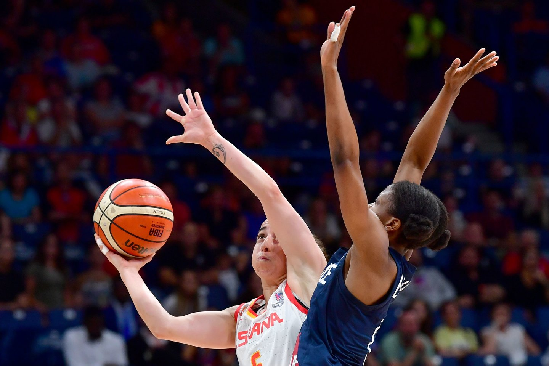 Ispanijos rinktinė ir vėl tapo Europos čempione, finale įveikusi Prancūziją<br>AFP/Scanpix.com nuotr.