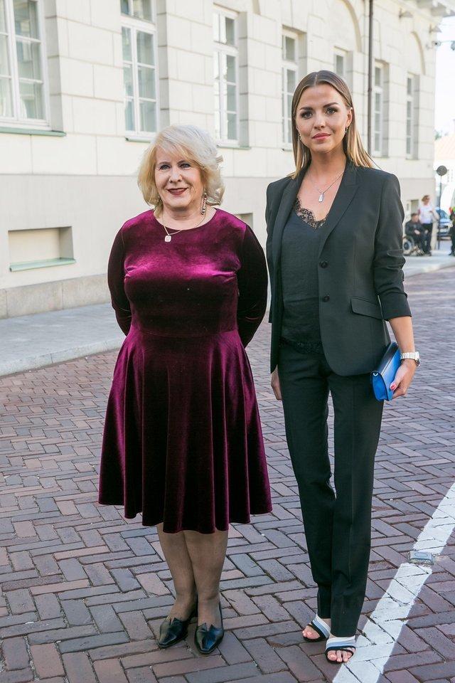 Vaida Skaisgirė (dešinėje) ir Irena Pivoriūnienė.<br>T.Bauro nuotr.
