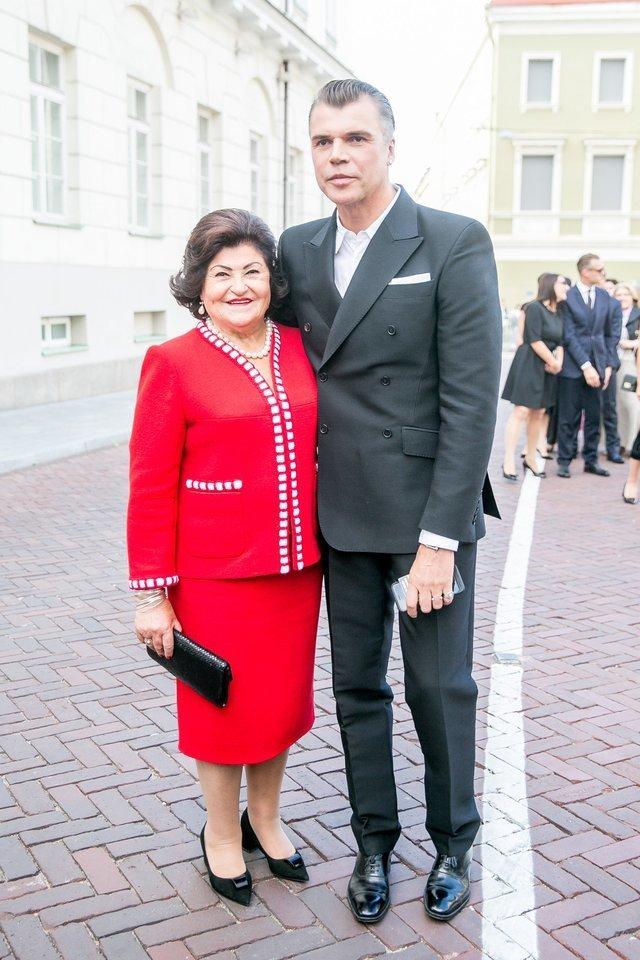 Jonas Statkevičius su mama Vanda.<br>T.Bauro nuotr.