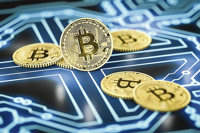 Nors kriptovaliutų biržos ar keityklos dažnai apšvarinamos, pasitikinčių šia atsiskaitymo priemone nestinga.<br>Scanpix nuotr.
