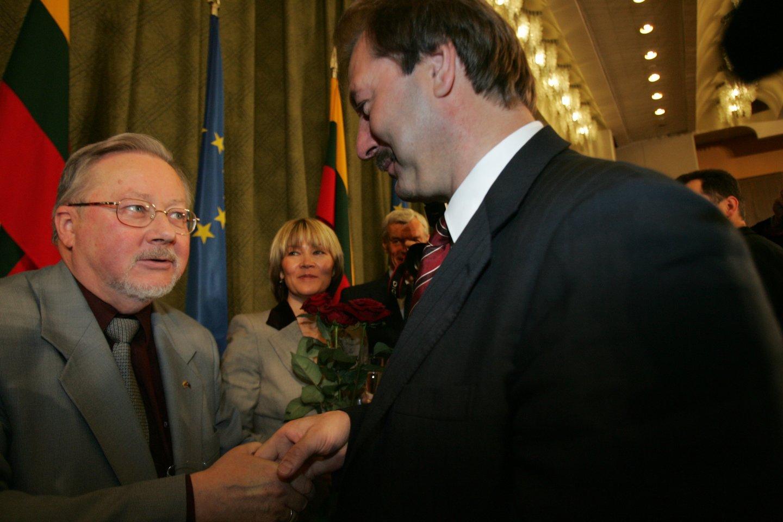 Vytautas Landsbergis ir Vytautas Uspaskichas 2004-aisiais.<br>P.Lileikio nuotr.