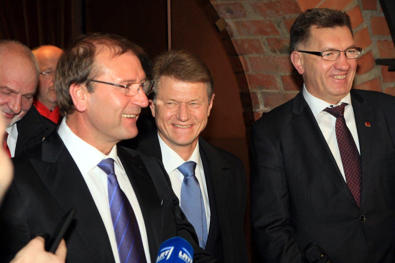 Viktoras Uspaskichas, Rolandas Paksas ir Algirdas Butkevičius 2012-aisiais.<br>R.Danisevičiaus nuotr.