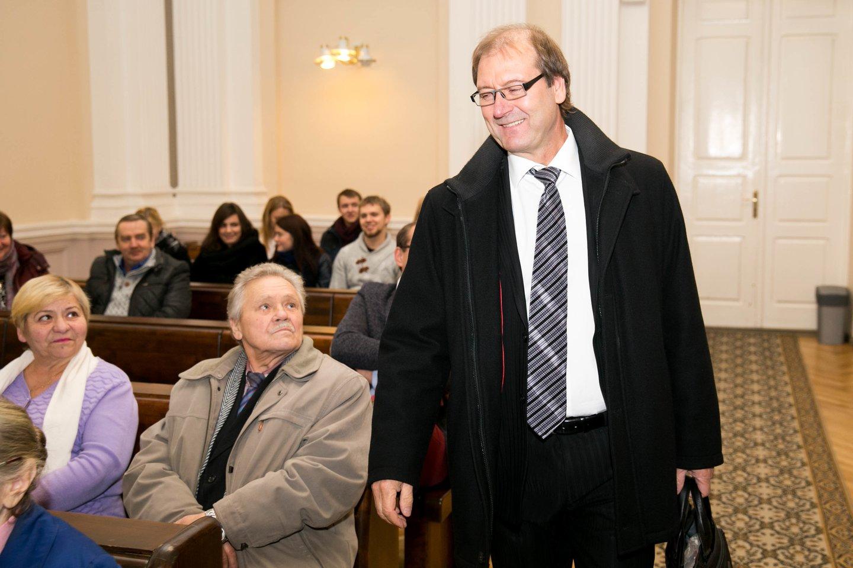 Viktoras Uspaskichas teisme 2015-aisiais.<br>T.Bauro nuotr.