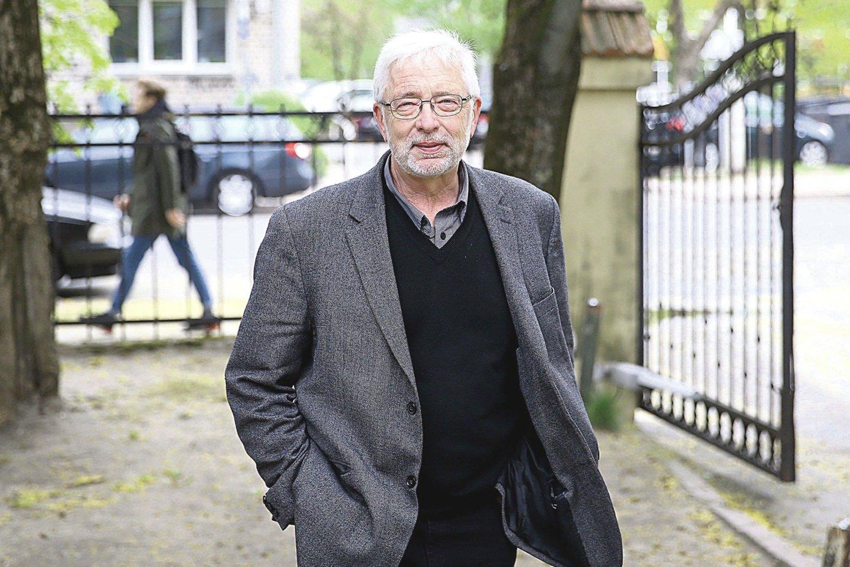 Kanadoje gyvenantis A.Šileika vis daugiau laiko praleidžia Lietuvoje, kurioje vienas po kito pasirodo jo romanai.<br>R.Danisevičiaus nuotr.