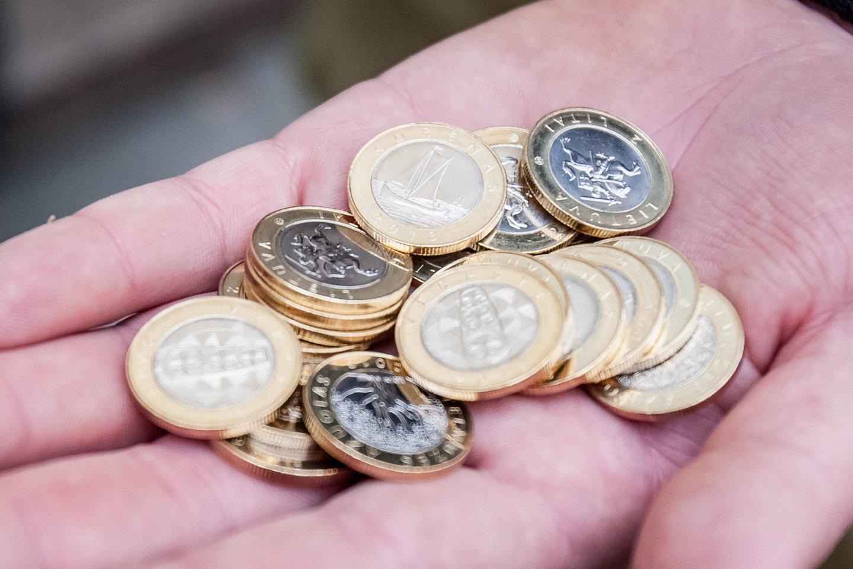 Bankų pelnai Lietuvoje yra vieni didžiausių Europos Sąjungoje (ES).<br>D.Umbraso nuotr.