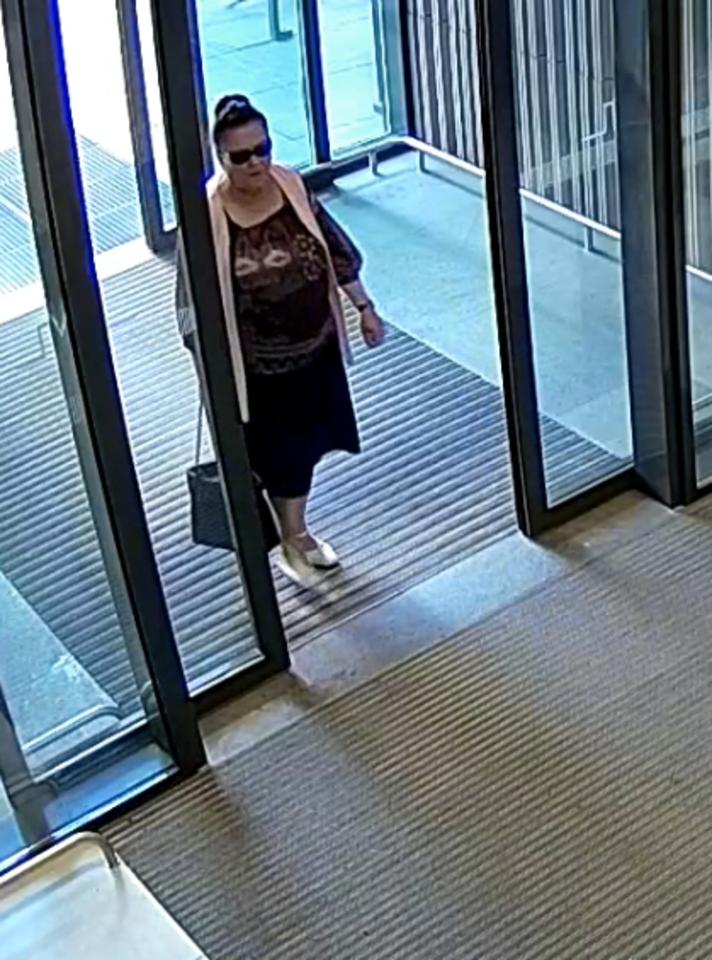 Pareigūnai prašo atpažinti moterį.<br>Kauno apskrities VPK nuotr.