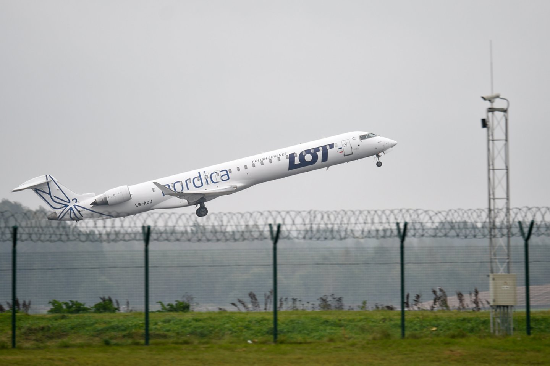 Lenkijos oro bendrovei LOT nuo gegužės pradėjus tiesioginius verslo skrydžius iš Vilniaus į Londono Sičio (London City) oro uostą, Lietuvos oro uostai teigia, jog nauja kryptis pateisino lūkesčius, tačiau pelningumas atsiras po kelerių metų.<br>V.Ščiavinsko nuotr.