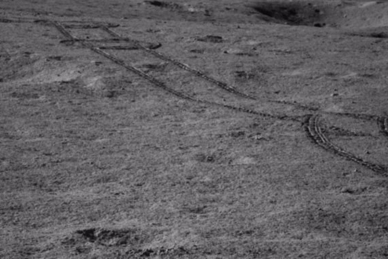 """""""Chang'e 4"""" zondas buvo paleistas 2018 metų gruodžio pradžioje, o tolimojoje mėnulio pusėje nusileido 2019 metų sausio 3 d.<br>China Lunar Exploration Project nuotr."""