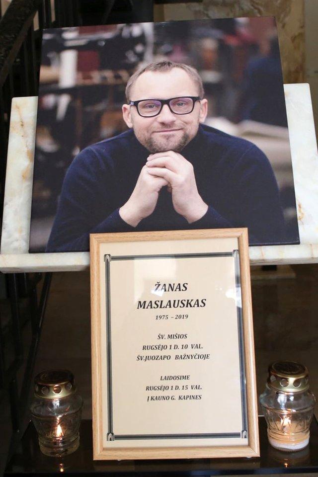 Žano Maslausko laidotuvės.<br>LR archyvo nuotr.