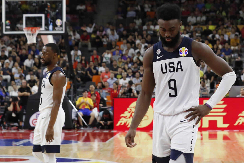JAV rinktinė pasaulio čempionate patyrė dar vieną pralaimėjimą ir nusileido Serbijai.<br>AFP/Scanpix nuotr.