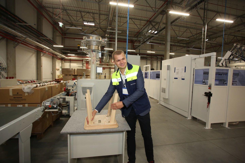 """Kazlų Rūdoje atidaryta atnaujinta """"Ikea"""" gamykla.<br>M.Patašiaus nuotr."""