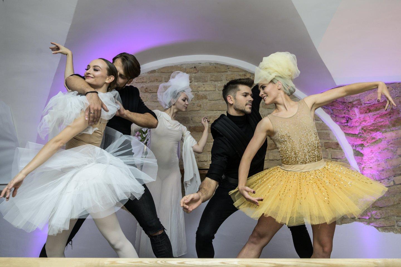 Baltijos baleto teatro studijos atidarymo akimirka.<br>D.Matvejevo nuotr.