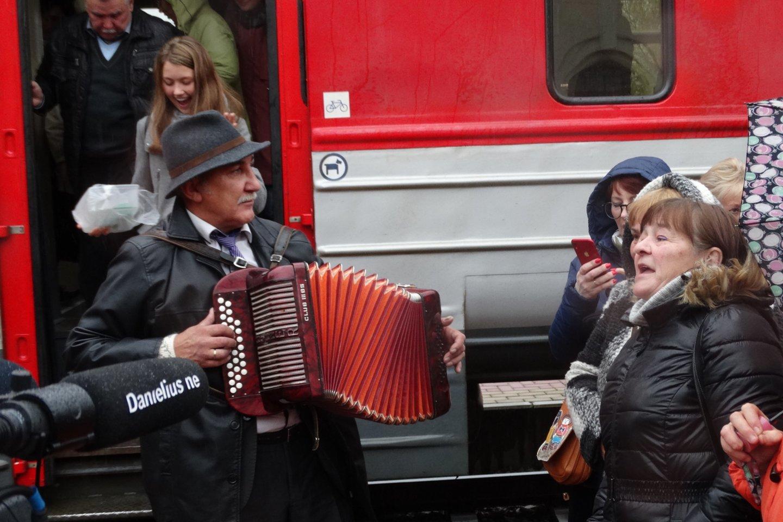 Iš Vilniaus atvyko šventinis traukinys.<br>A.Karaliūno nuotr.