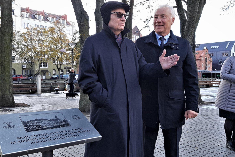 KPPAR vadovai Vladas Pleskovas (dešinėje) ir Viktoras Krolis.<br>G.Pilaičio nuotr.