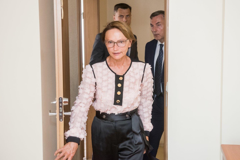 """""""Achema"""" reikalavo iš Lietuvos valstybės 15,33 mln. eurų žalos atlyginimo ir 5 proc. palūkanų – tokią žalą bendrovė esą patyrė, Lietuvai 2013 metų sausį-lapkritį pradėjus finansuoti SGD terminalo projektą. Įmonė teigė, kad valstybė taikė pagalbos priemones, nesuderinusi jų su Europos Komisija. Bendrovės akcininkė Lyda Lubienė.<br>D.Umbraso nuotr."""