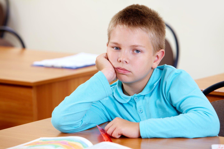 Suprantama, ateidamas į mokyklą, vaikas patiria didžiulį stresą – didesnį negu kiti vaikai.<br>123rf asociatyvi nuotr.