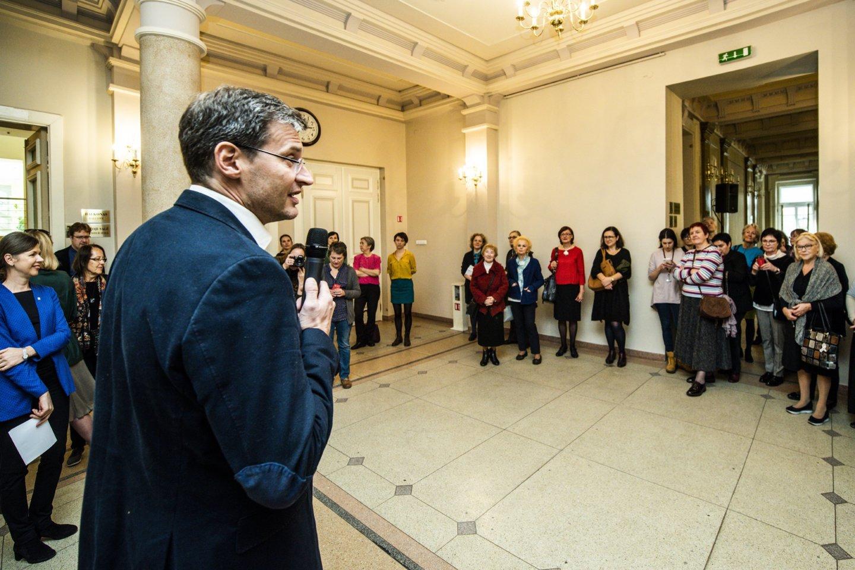 Žiniasklaidai surengta ekskursija po atnaujintą Filharmoniją.<br>D.Matvejevo nuotr.